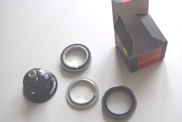 FSA Orbit IS-2 - IS36/45 integrierter Steuersatz 1 1/8 Zoll mit Plug
